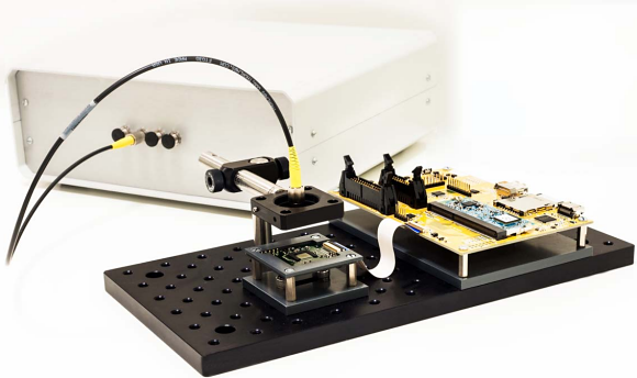 Fig. 1: Imec's CMOS-based lens-free microscope is designed to be mass-manufacturable and suitable for use in commercial labs and industrial environments. Characterized by a very large field of view, high resolution, fast reconstruction software, and excellent scalability, it offers the easy integration, e.g., in large-surface industrial inspection apps, bio-incubator environments, and micro-sized lab-on-chips.