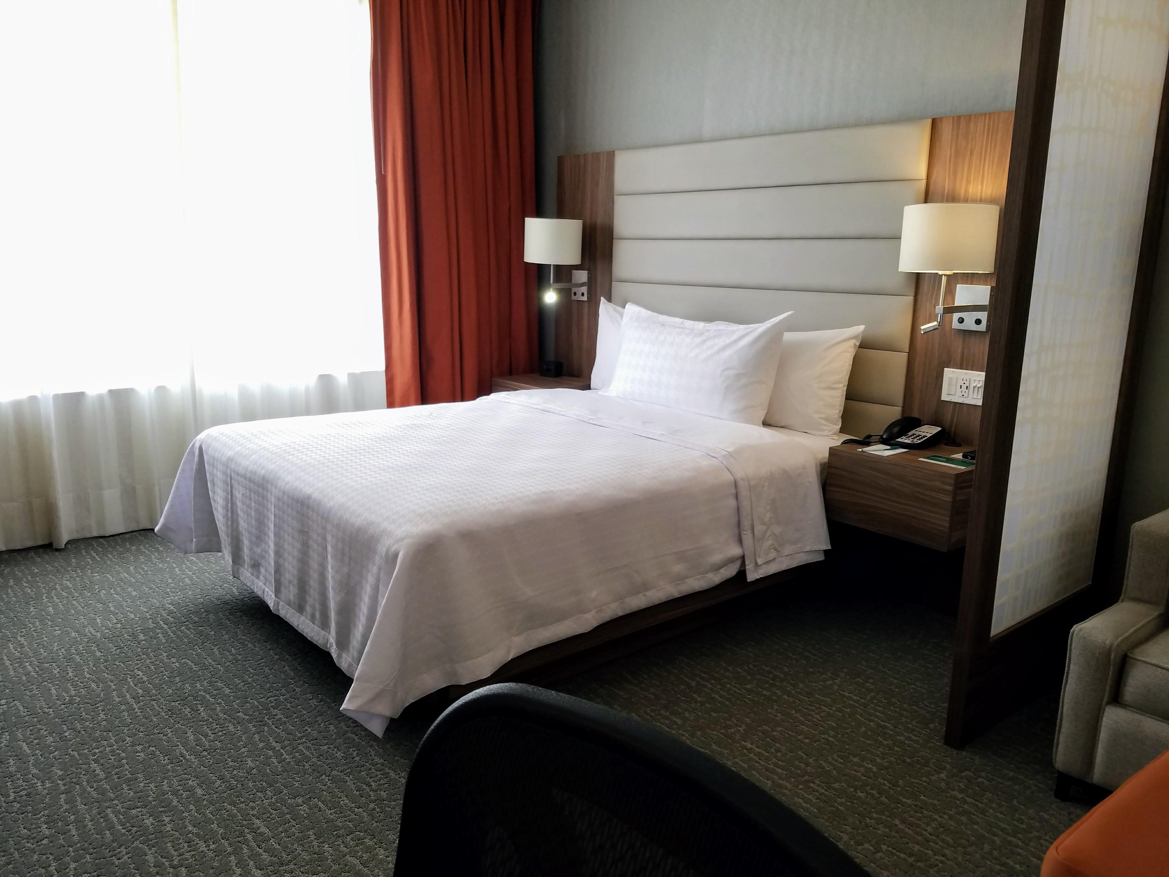 3 rules for guestroom lighting hotel management for Design hotel jena