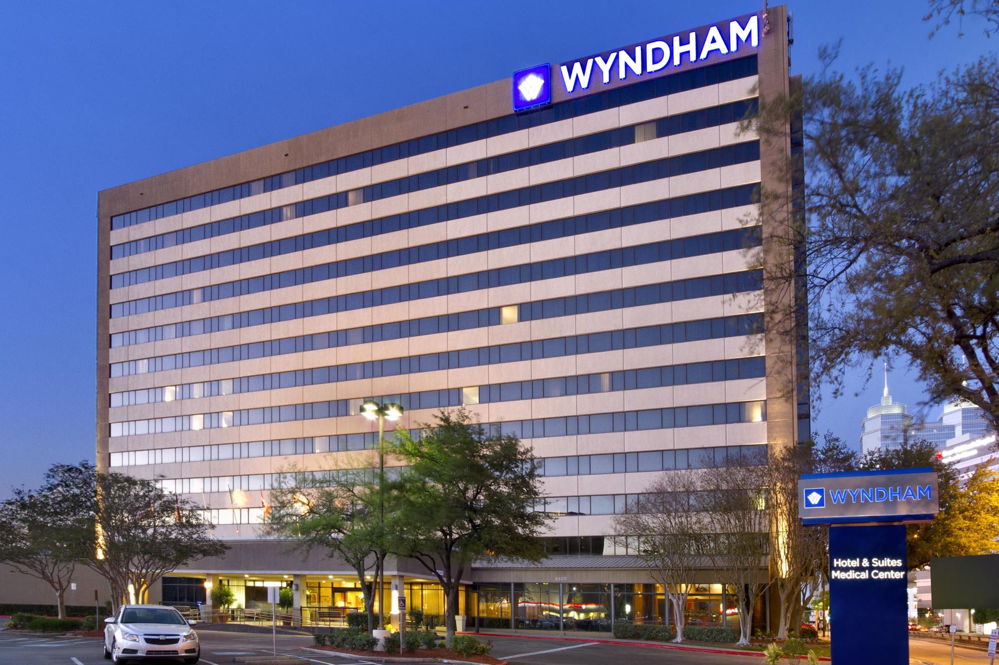 Wyndham Rewards, La Quinta Returns Offer 1:1 Point
