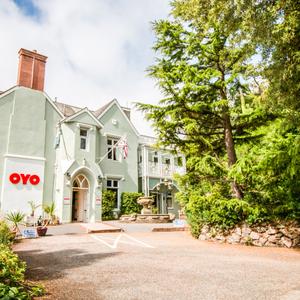 Oyo Orestone Manor Devon exterior