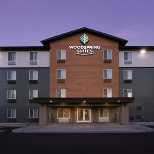 WoodSpring Suites Exterior, Washington Everett