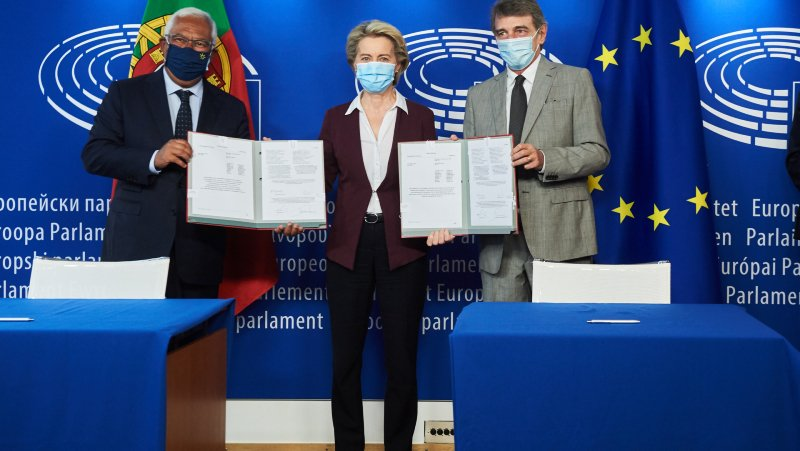 Signing Ceremony of the EU Digital Covid