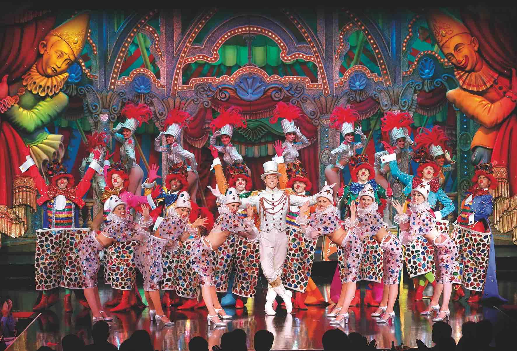 Final Cirque ©Moulin Rouge 2017 sml.jpg