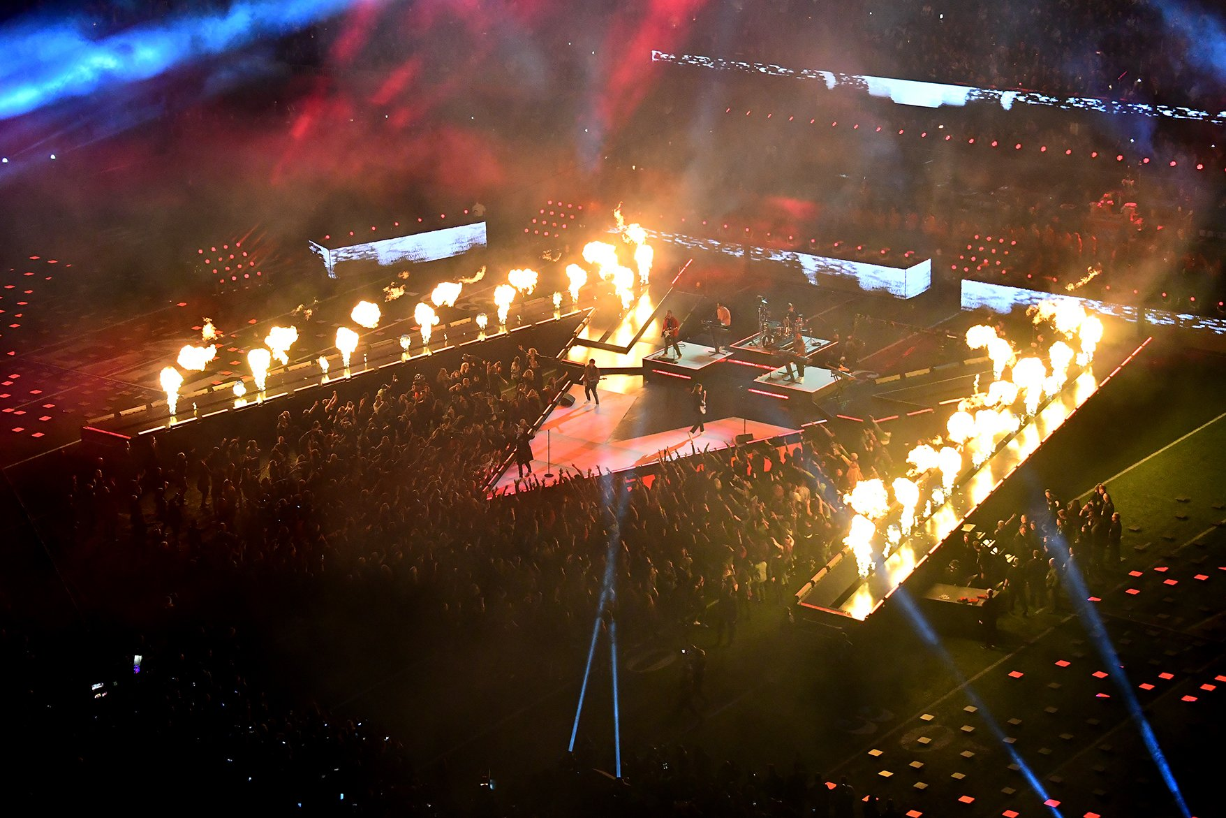 Lighting design and Pyro at Super Bowl LIII Halftime Show