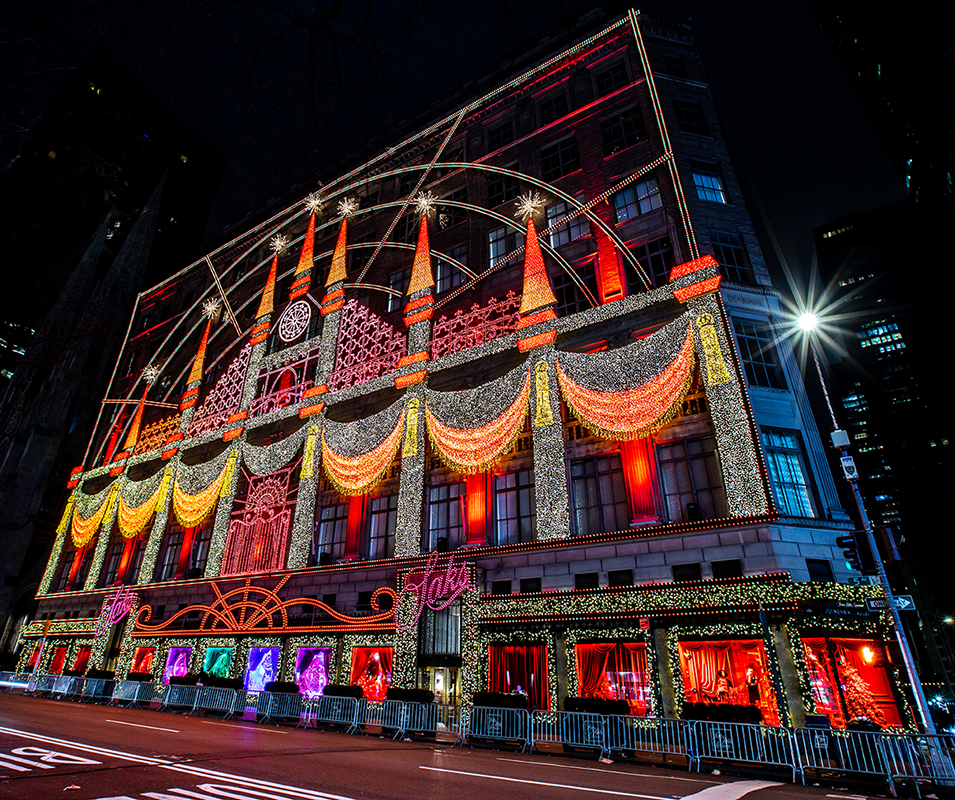 Saks Fifth Avenue Theater of Dreams 2018