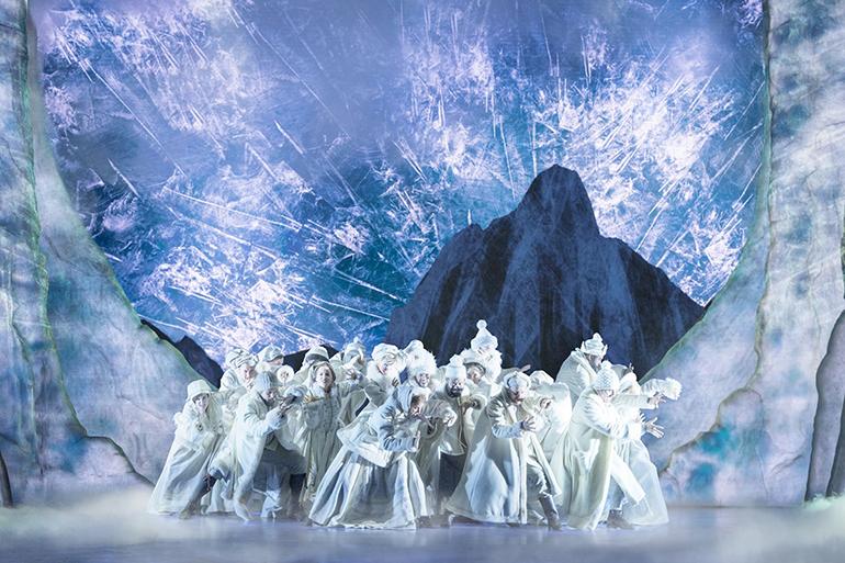 WorldStage-14-The-Company-of-FROZEN-on-Broadway-Photo-by-Deen-van-Meer_770.jpg