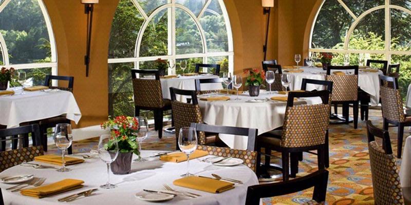 Chaminade Resort & Spa restaurant