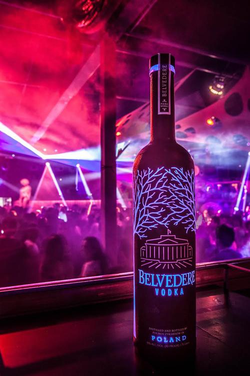 Belvedere Vodka Midnight Saber - Nightclub & Bar BottleWatch, February 2017
