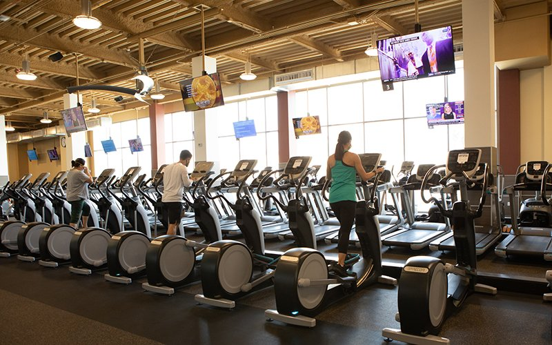 24 Hour Fitness Permanently Closes 100 Clubs Lays Off Staff Club Industry