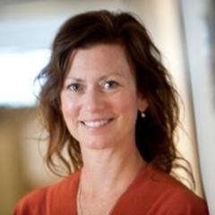 head shot photo of Kristen Jacobsen