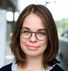 Headshot of Julia Fichte