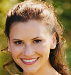Kara Magliaro headshot