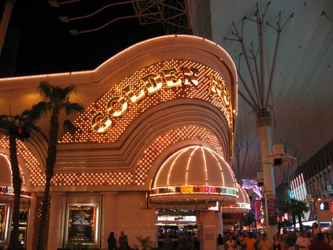 golden nugget entrance