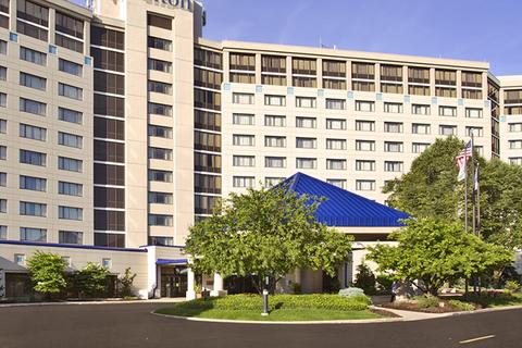 O'Kelly + Kasprak spearheads renovation of Hilton Chicago/Oak Brook Hills Resort & Conference Center
