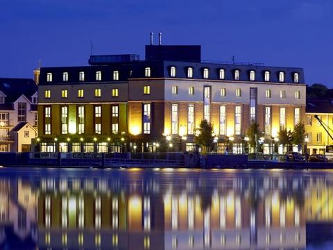 Waterford Marina Hotel