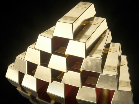 Gold Bar Whiskey bottles