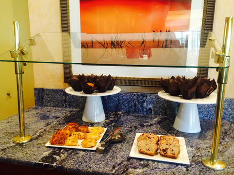 Stupendous 5 Tips To Keep Breakfast Buffets Safe Hotel Management Interior Design Ideas Clesiryabchikinfo