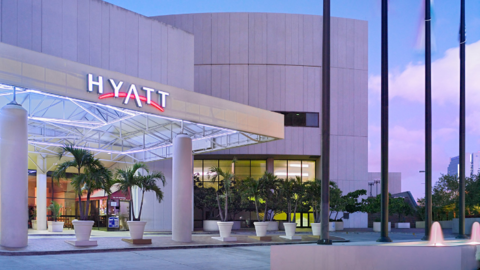 Hyatt Miami Entrance