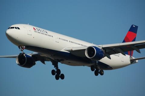 Delta airplane in flight