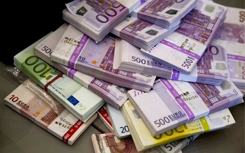Bundles of Euro currency notes
