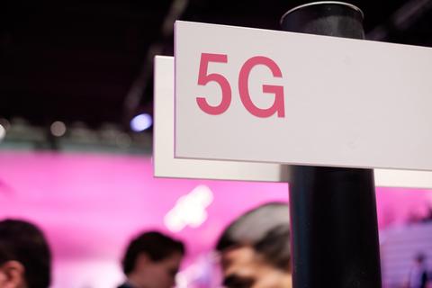 5G (Flickr user Kārlis Dambrāns)