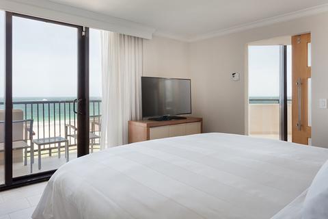 Eoa Renovates New River Inspired Fort Lauderdale Marriott Harbor Beach Resort Spa