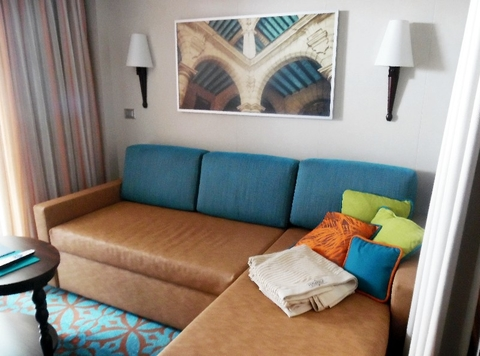 Havana Suite Carnival Vista Editorial Use Only Copyright Susan J. Young