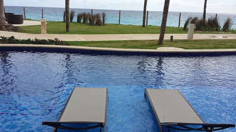 A Swim-Up Suite at the Hyatt Ziva Cancun