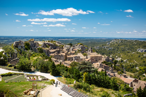 Les Baux de Provence - romrodinka/iStock/Getty Images Plus/Getty Images