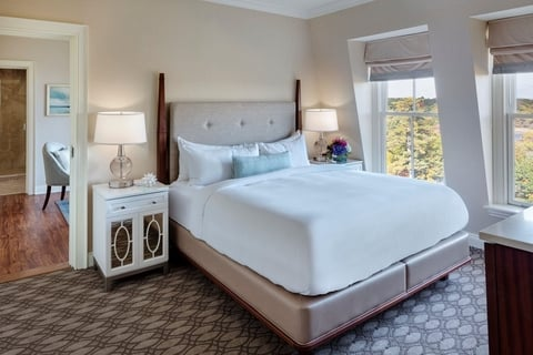 Hotel Bedding Trends Promote Wellness Cleanliness