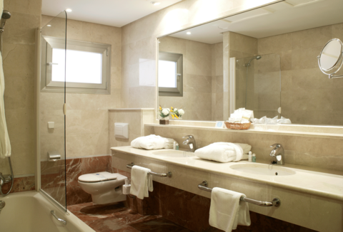 Follow These Tips When It Comes Time To Replace Or Remodel A Bathtub