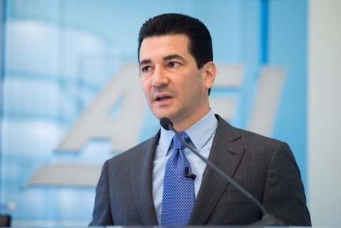 FDA heads old and new praise Trump's decision to keep NIH