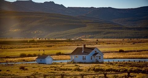 farm house (pixabay)