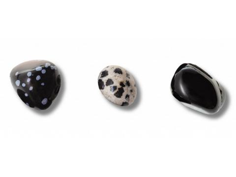 Obsidian pieces