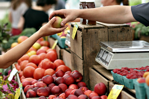 99 Of Consumers Still Buy Groceries In Person