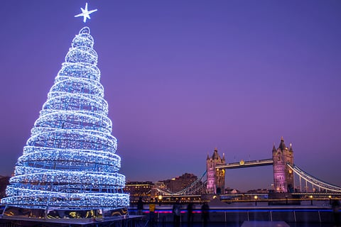 London At Christmas Images.Which Is The Greatest City For Christmas London Or Paris