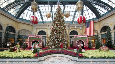 What To Expect In Las Vegas During The Holidays Travel Agent Central