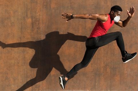 Kuna Fitness Person jumping
