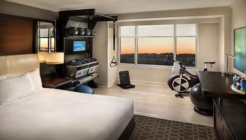 hilton-fitness-room-770.jpg