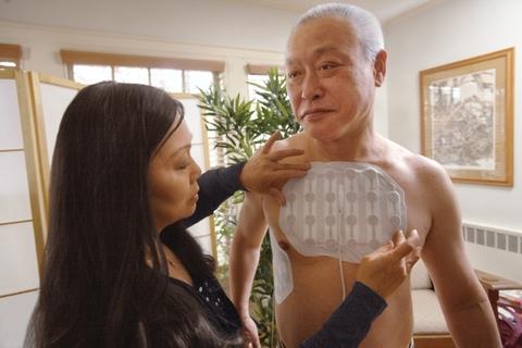 Man receiving Novocure's TTF mesothelioma treatment