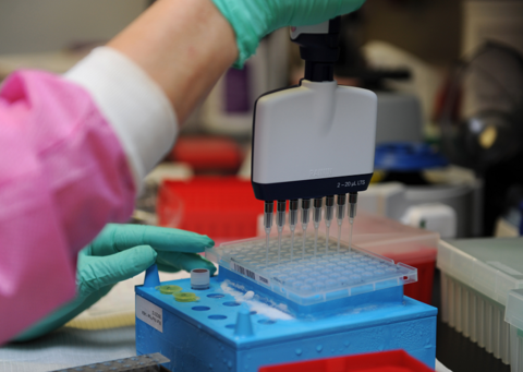 Genetic research laboratory at Keesler AFB (Image: Kemberly Groue / U.S. Air Force)