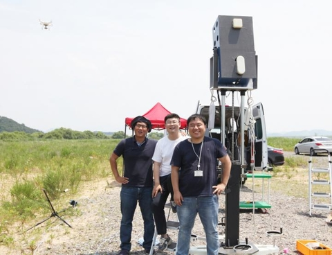 The research team from Daegu Gyeongbuk Institute of Science And Technology (DGIST) that developed the drone detection system.
