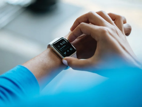 The global Wearable Display Market is estimated to grow at a CAGR of 19.5% through 2024 as usage increases in sectors such as defense and medical.