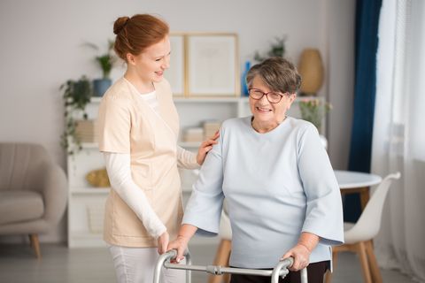 Home health senior nurse