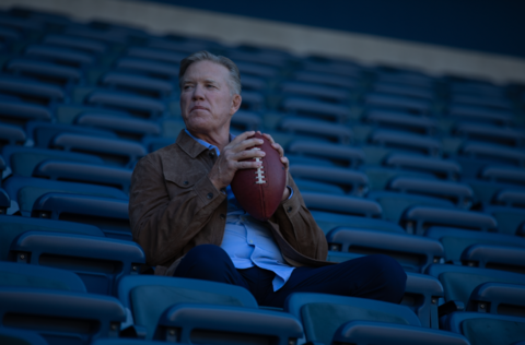 John Elway Reveals 15-Year Battle With Dupuytren's Contracture
