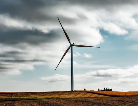 wind farm (Pixabay)