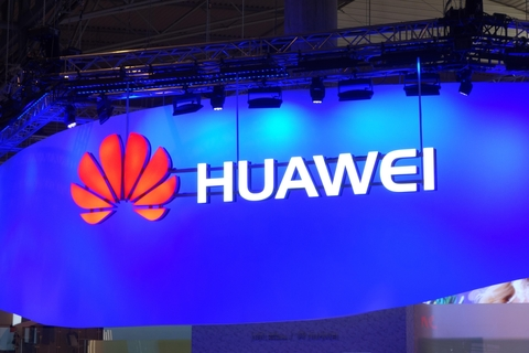 Huawei has been accused of massaging its benchmarking results with several of its smartphones (Image IDG Worldwide)