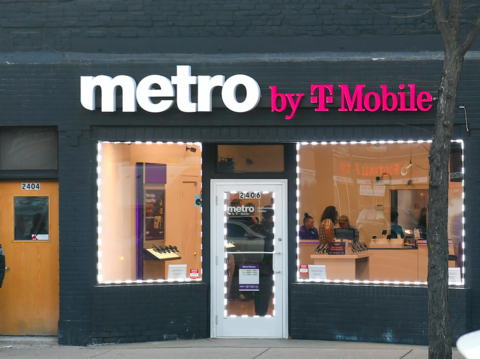 Moore About 83 Of Postpaid Carrier Stores Were Open In Mid May