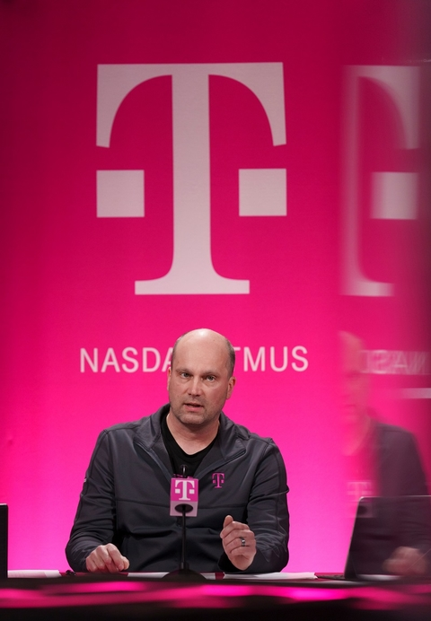 Peter Osvaldik T-Mobile