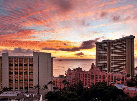 Outrigger Hotels Converts Former Hawaii Holiday Inn Into The Waikiki Beachcomber